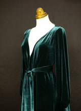 Vamp - Dark Green Velvet Maxi Dress