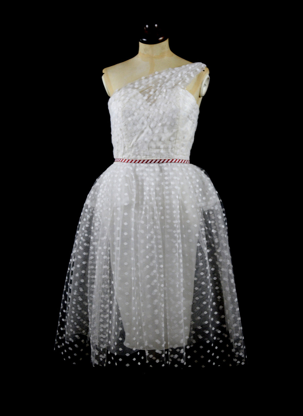 Judy - Hourglass Polkadot Illusion Tulle Short Wedding Dress