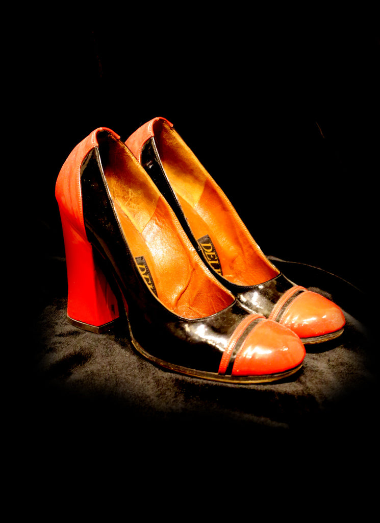 Vintage 1960s Patent Shoes