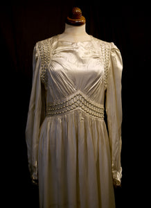 Vintage 1940s Luxury Ration Label  Jayant Model Ivory Satin Wedding Dress