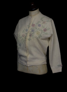 Vintage 1960s Beaded Ivory Cream Cardigan