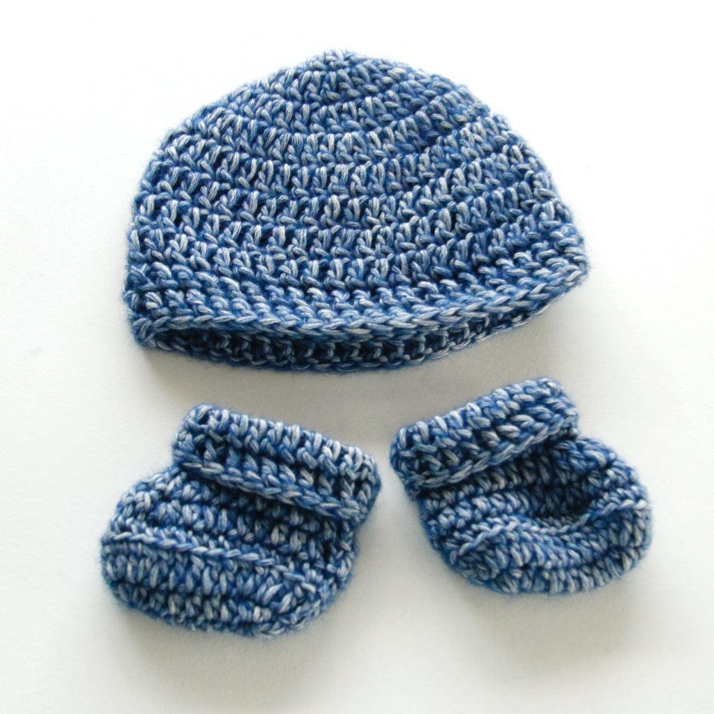 Newborn Baby Hand Crocheted Baby Beanie and Booties - Snowy Blue – Annie  Bella s Gifts e59c7be421a