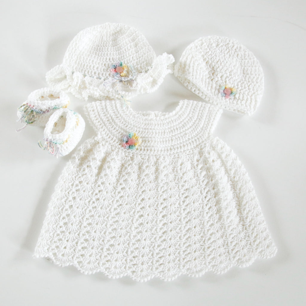 Size 000 Baby Girls Crocheted Layette Dress Sun Hat Beanie Booties