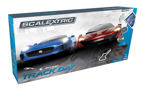 Scalextric C1358 - ARC AIR Track Day Analogue Race Set