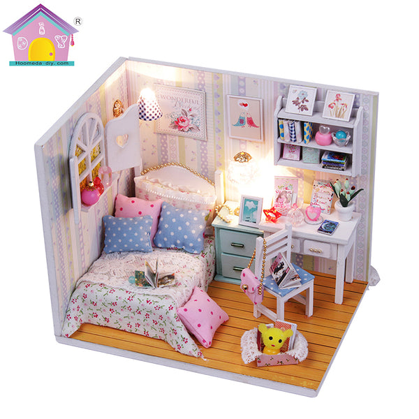 M013Z - Adabelle's Room (w/acrylic dust cover, tool set)