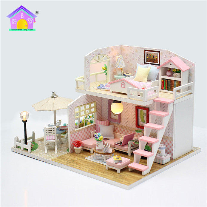 M033Z - Pink Loft (w/acrylic dust cover, tool set, musical box)
