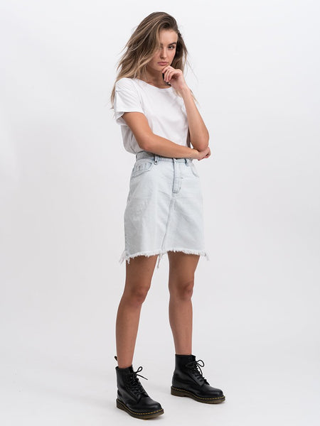 Jane Raw Hem Skirt / Light Blue