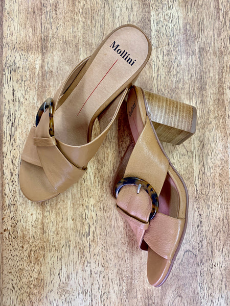 Abecka Heels / Tan Leather