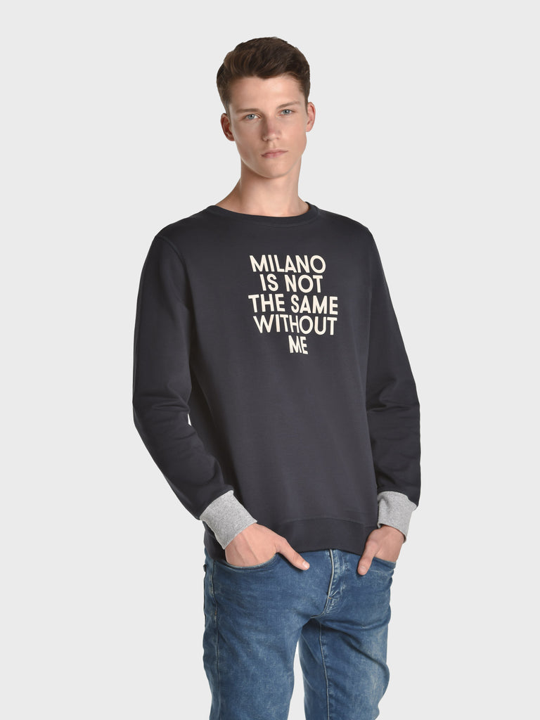 UP BEAT SWEATER FOR MEN, OXFORD BLUE, AMERICA IS NOT THE SAME WITHOUT ME