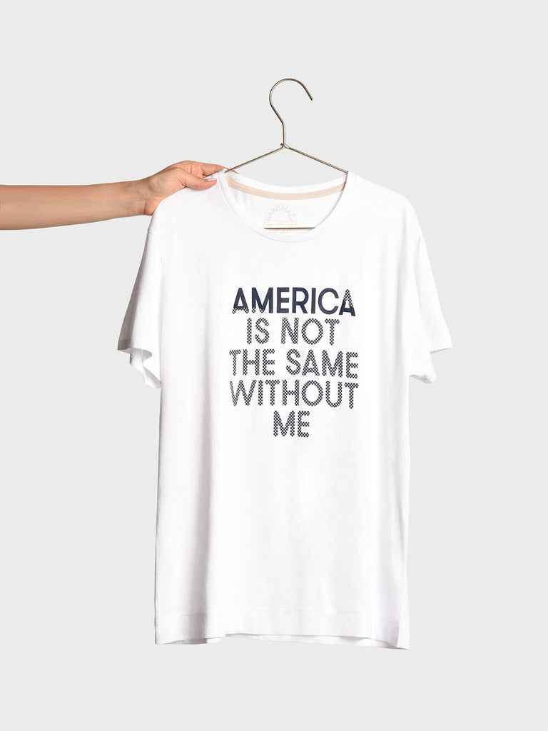 ALL TIME UNISEX TSHIRT, WHITE, AMERICA IS NOT THE SAME WITHOUT ME