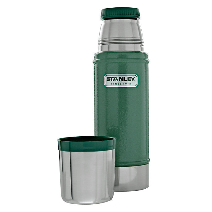 Stanley Classic Vacuum Flask 0.5L Green - Trailblazer Outdoors, Pickering