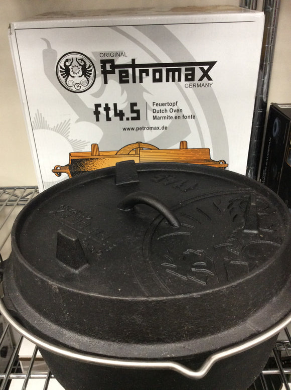 Petromax ft4.5 with legs Dutch oven