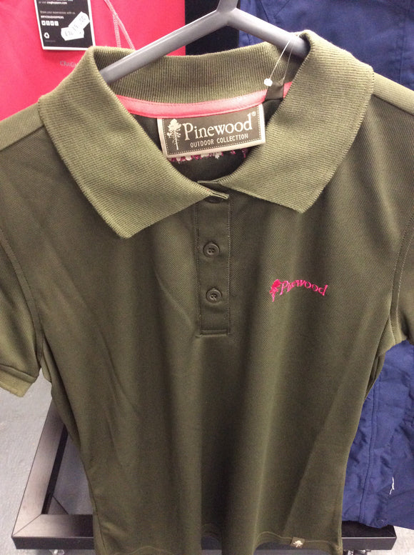 Pinewood female size medium