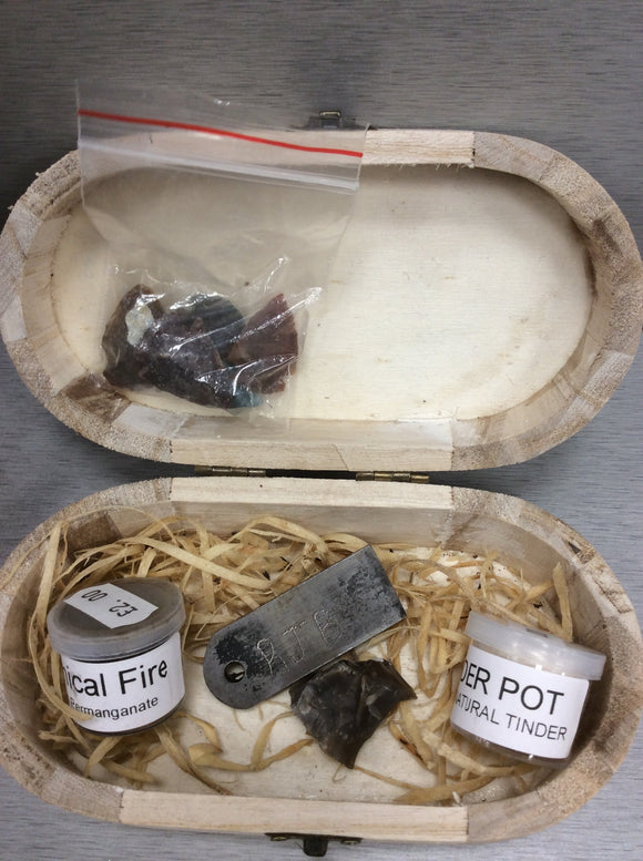 RJ bushcraft flint and steel gift box fire kit