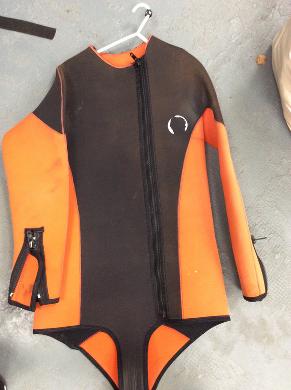 Cold weather ex demo thick wetsuit layer