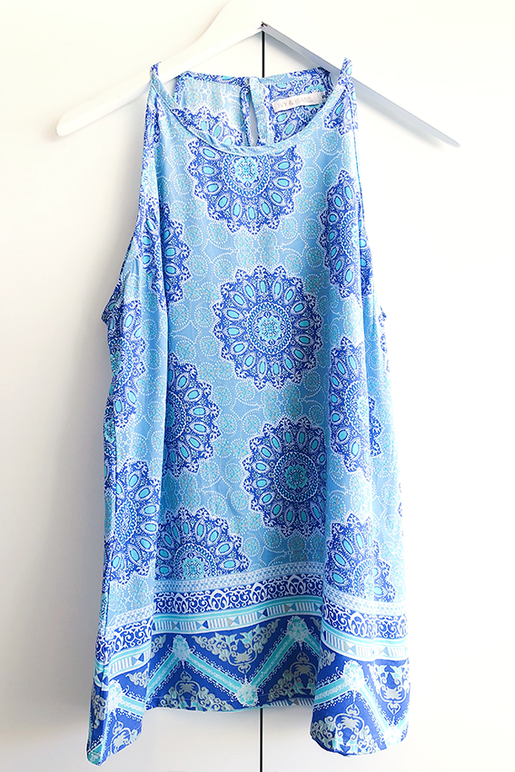addi top blue paisley