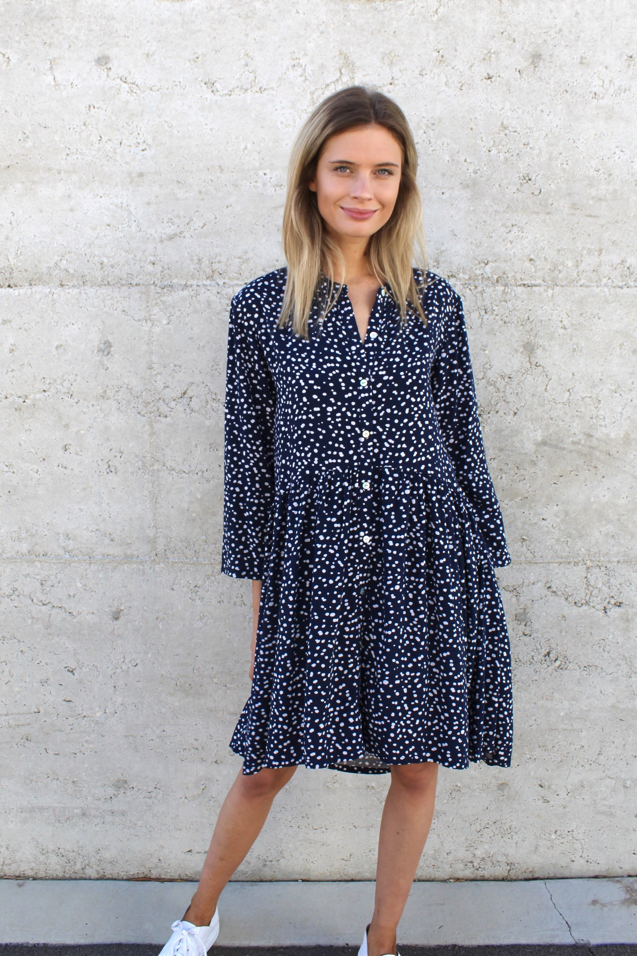 jody dress navy polka
