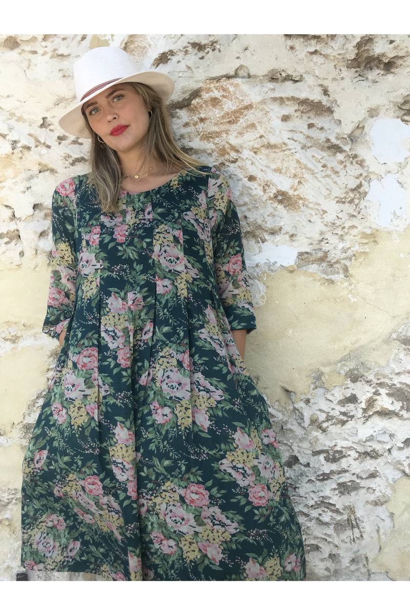 mia dress navy floral - ivy & Isabel
