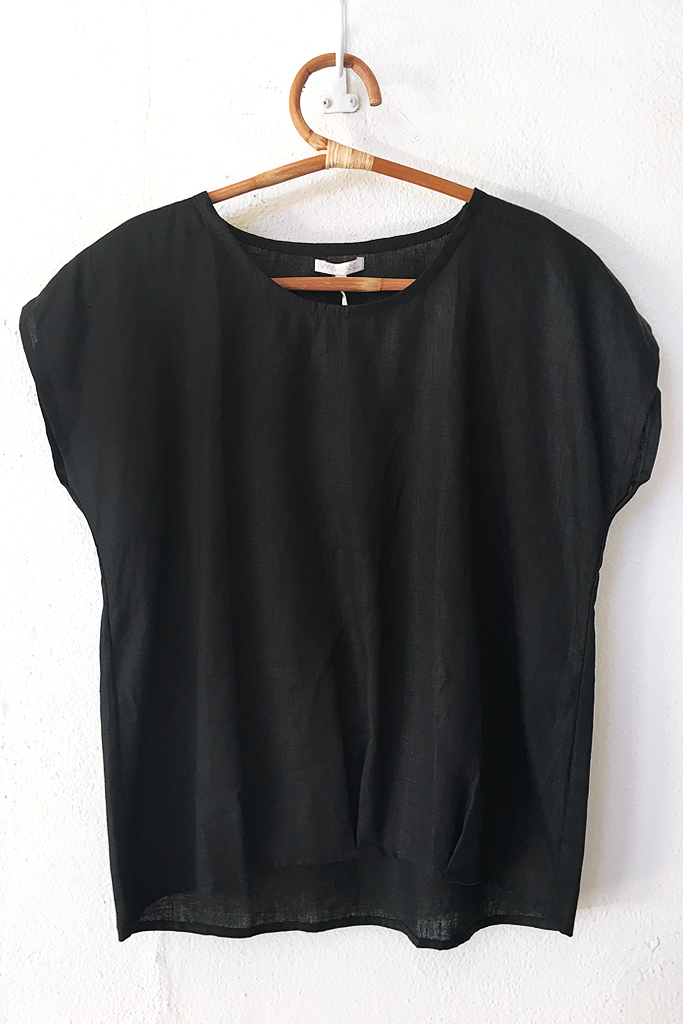 may top linen black