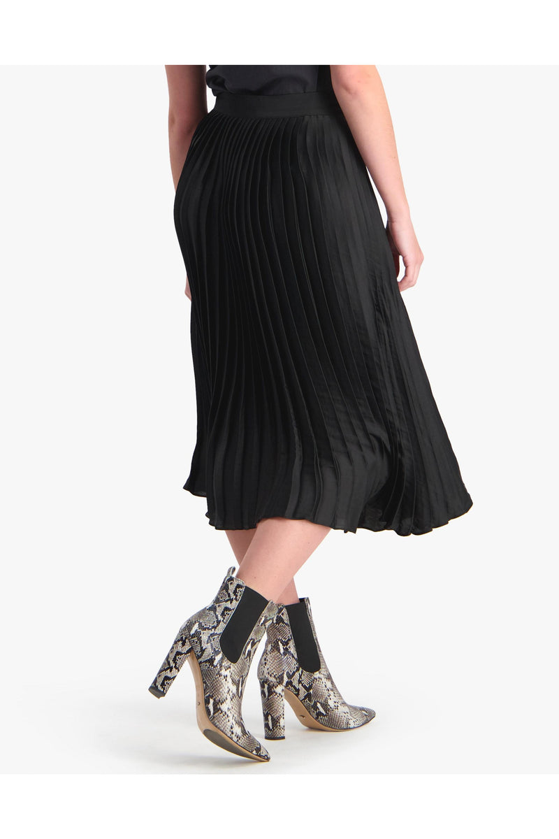 storm pleated vintage skirt black