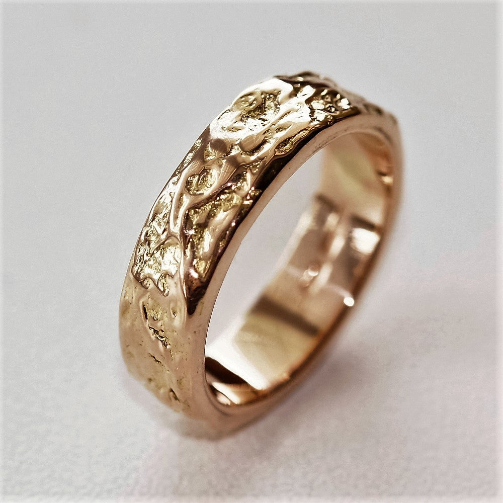 Unusual textured solid gold heavy Mans wedding ring