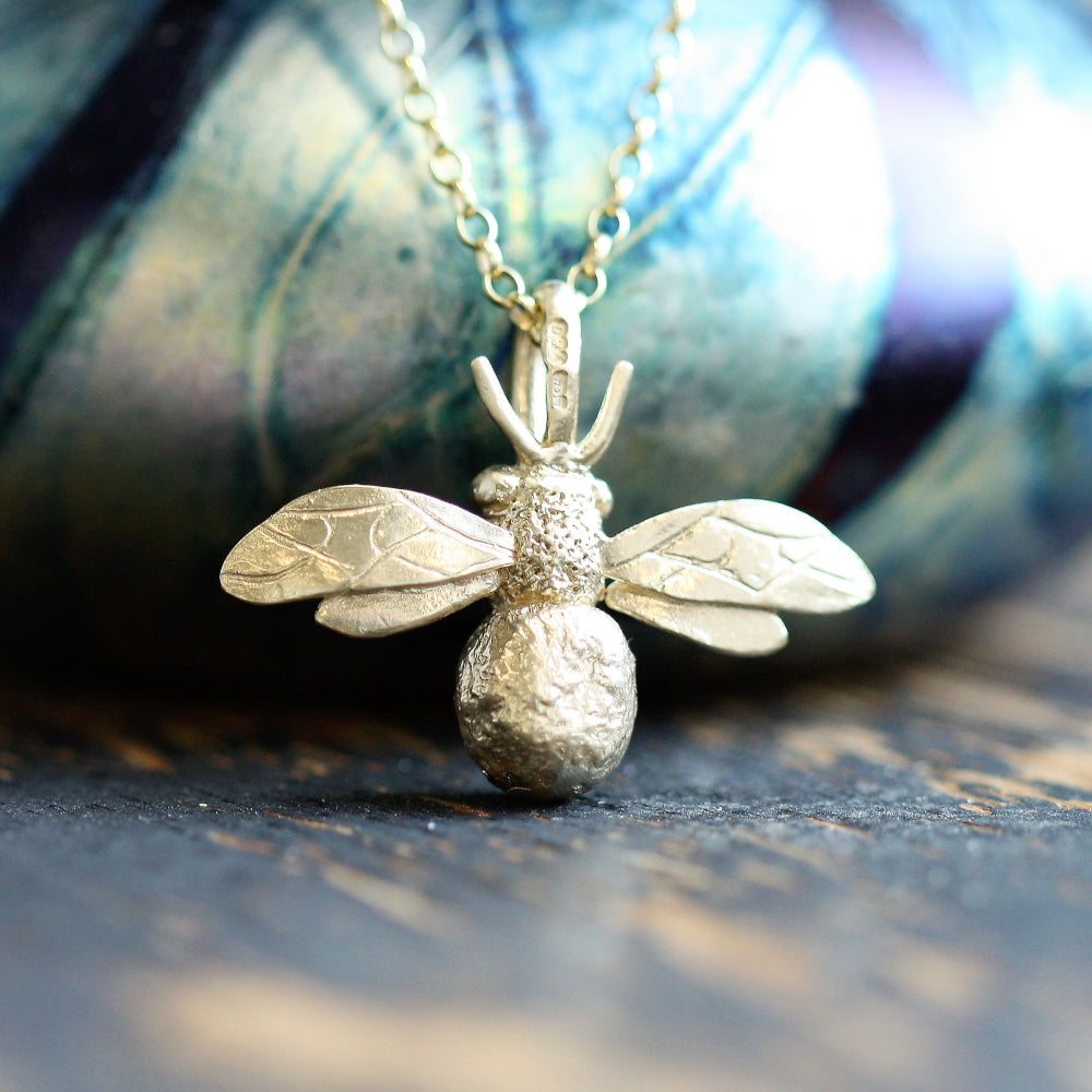 Solid 9ct Gold Large Bumblebee Necklace