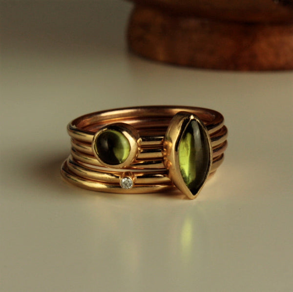 August Peridot Birthstone solid gold stacking rigs