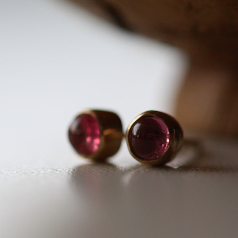 luxury handcrafted solid gold stud earrings featuring pink tourmaline gemstone