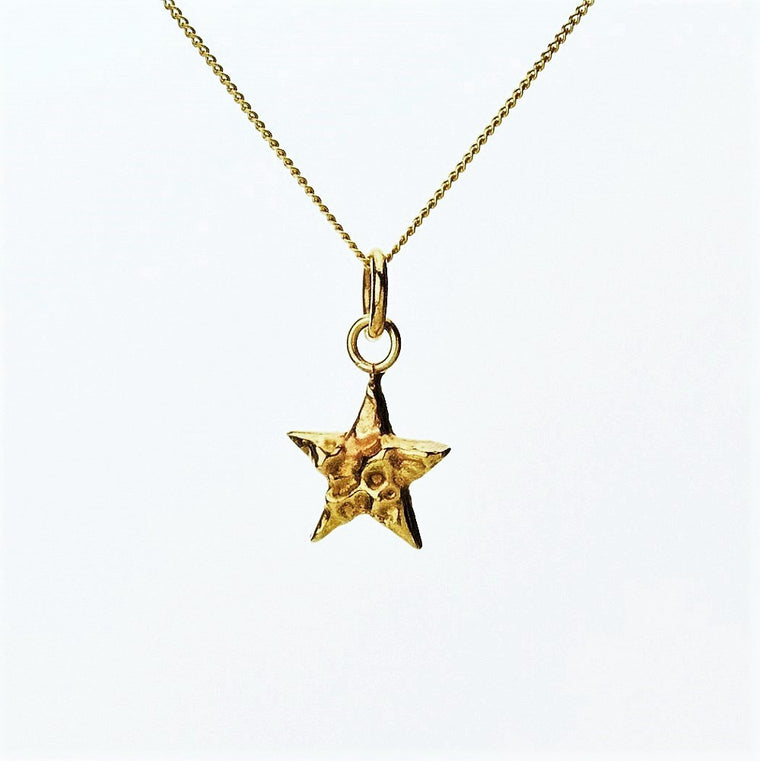 Solid 9ct Gold Textured Dainty Star Necklace