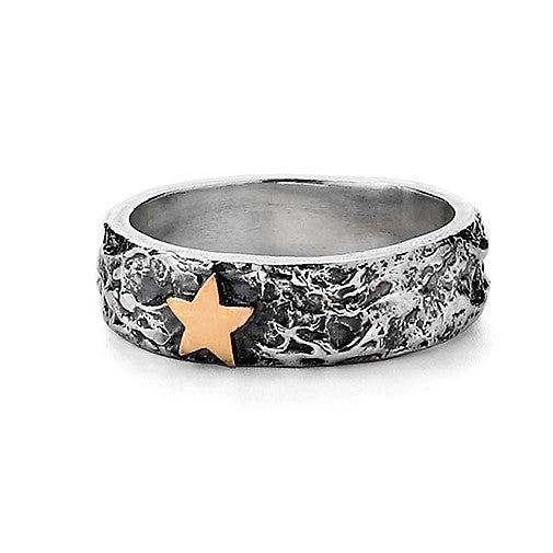 Wide Gold Star Textured Treasure Ring