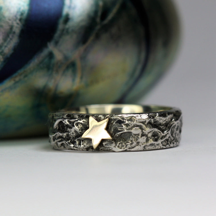 Gold star wide textured treasure ring