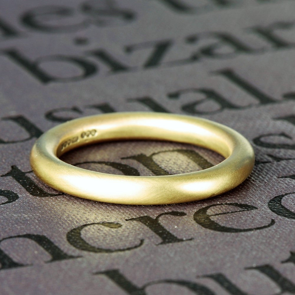 3mm thick solid gold halo wedding ring