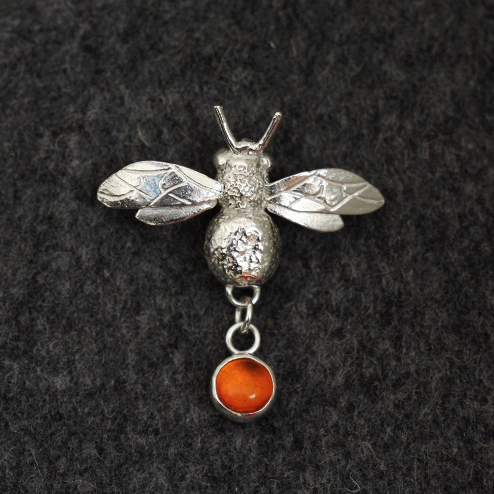 designer silver bumble bee gemstone brooch pin