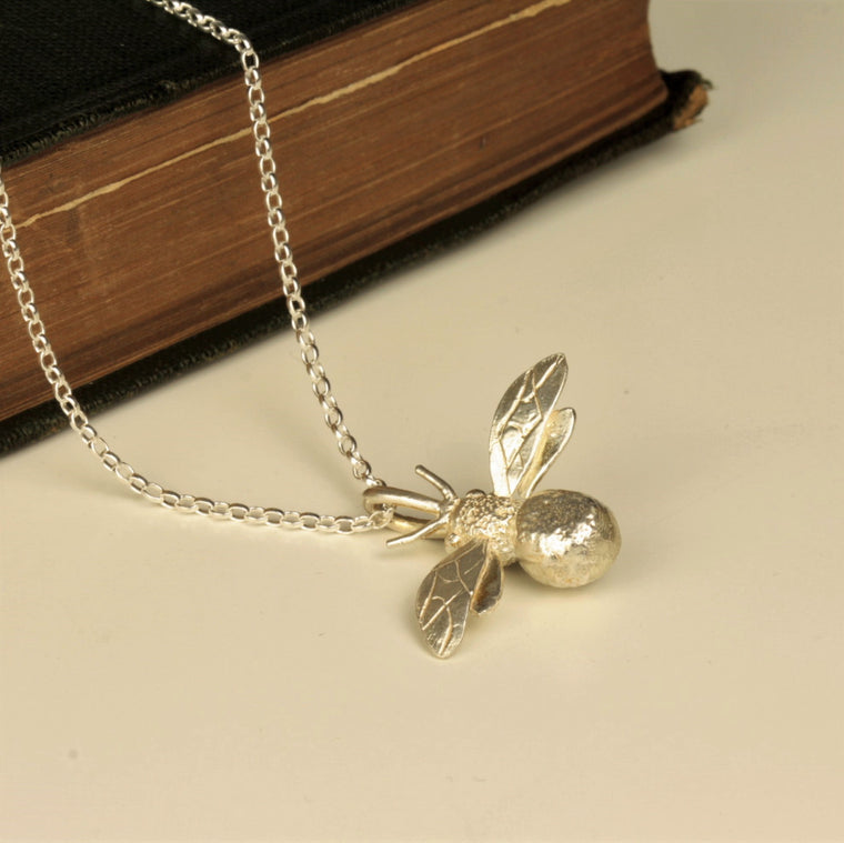 handmade silver bumble bee necklace