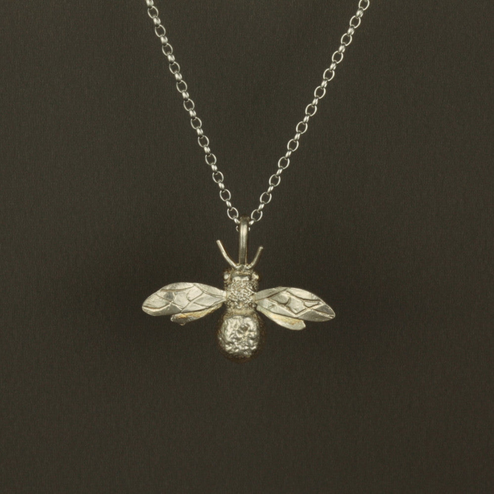 handmade silver bee necklace