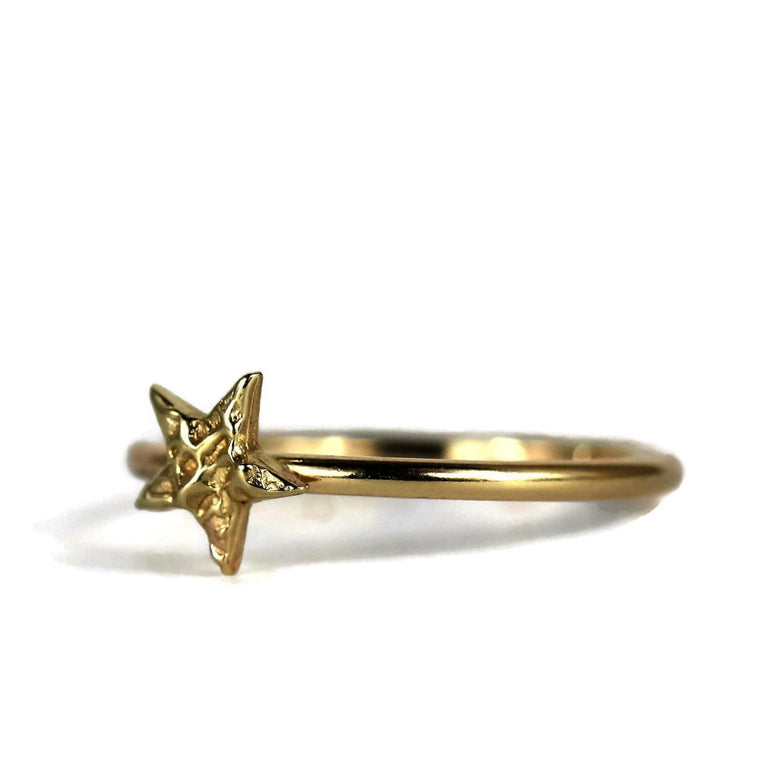 handmade dainty textured gold star 9ct gold ring band