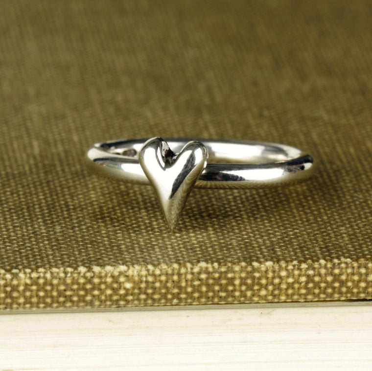 unusual handcrafted wild at heart sterling silver ring