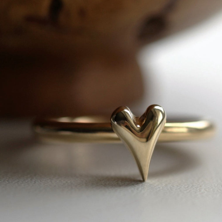 designer 9ct gold or rose gold Wild at Heart ring