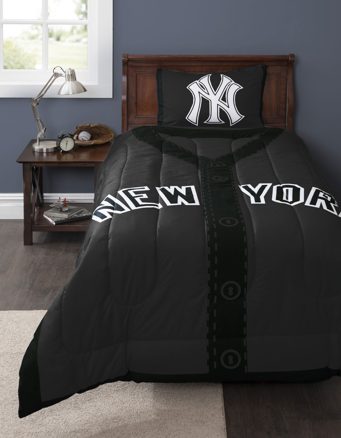 Mlb New York Yankees Baseball 4pc Crib Bedding Set