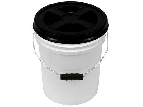 5 Gallon White Bucket with Color Gamma Lid and Ergonomic Grip