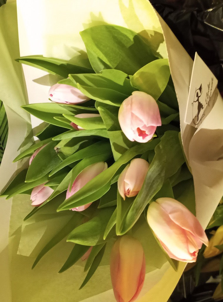 Bouquet de 10 tulipes locales