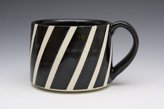 Diagonal Stripe Mug B&W