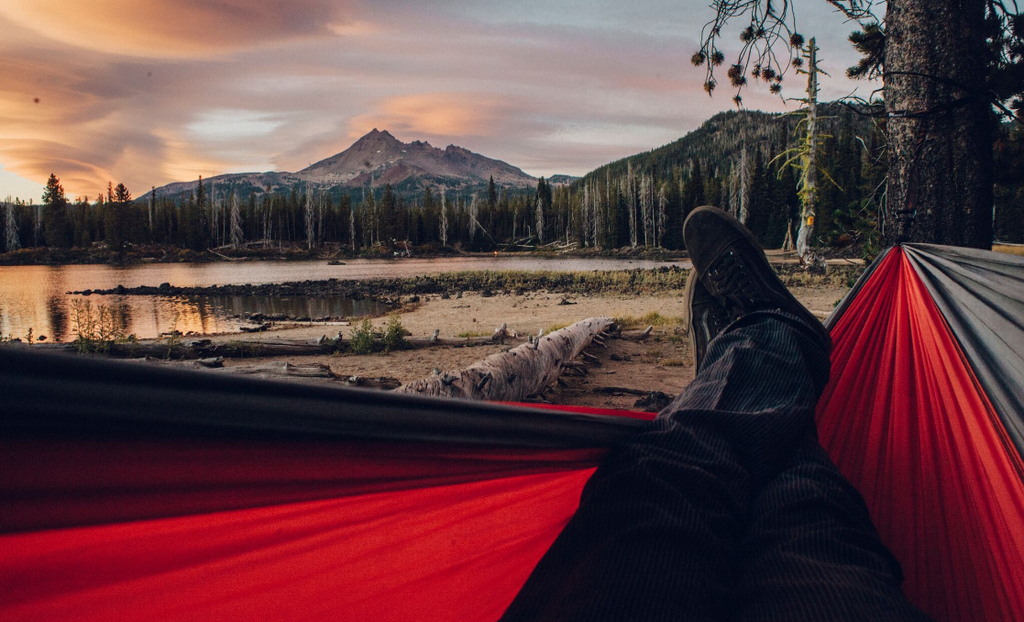 7 Reasons Why You Should Switch From A Tent To A Hammock