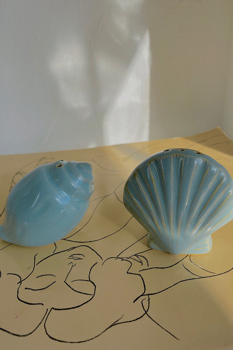Casa Cuadra Vintage Seashell Salt & Pepper Shakers