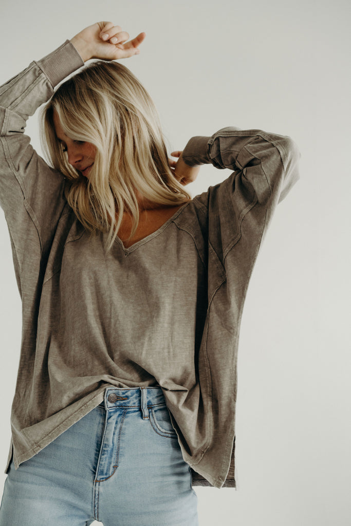 Claire Long Sleeve, Grey