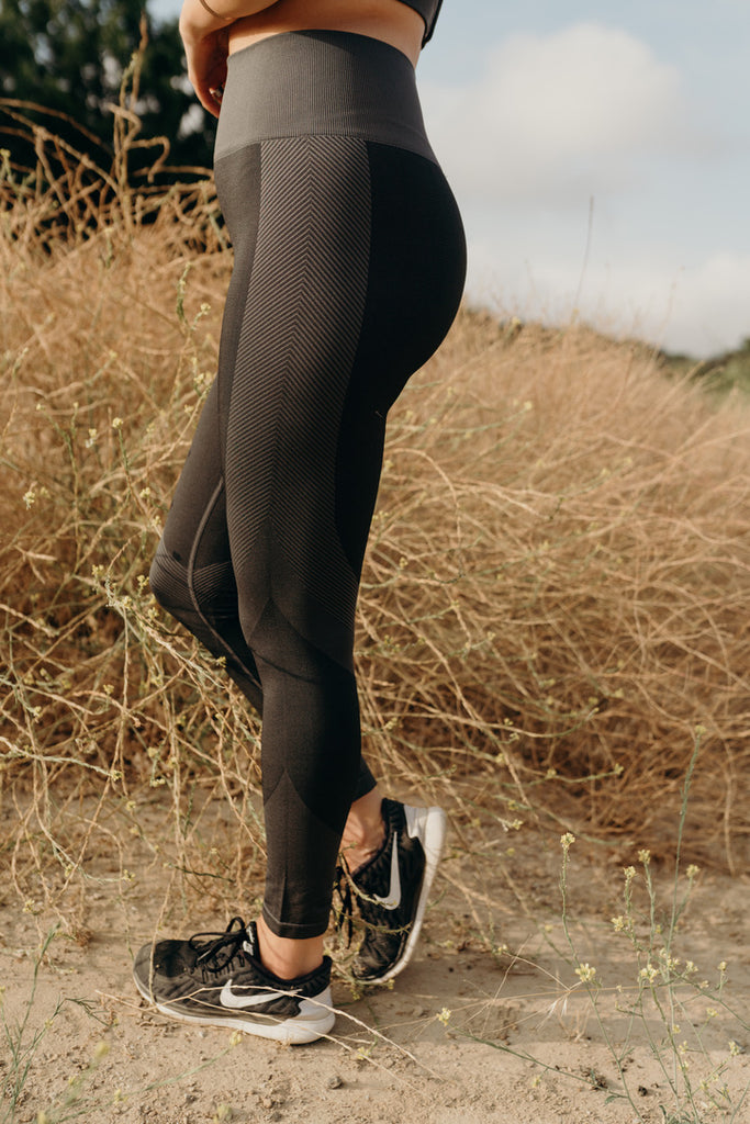 """Dakota"" Seamless Highwaist Leggings, Charcoal"