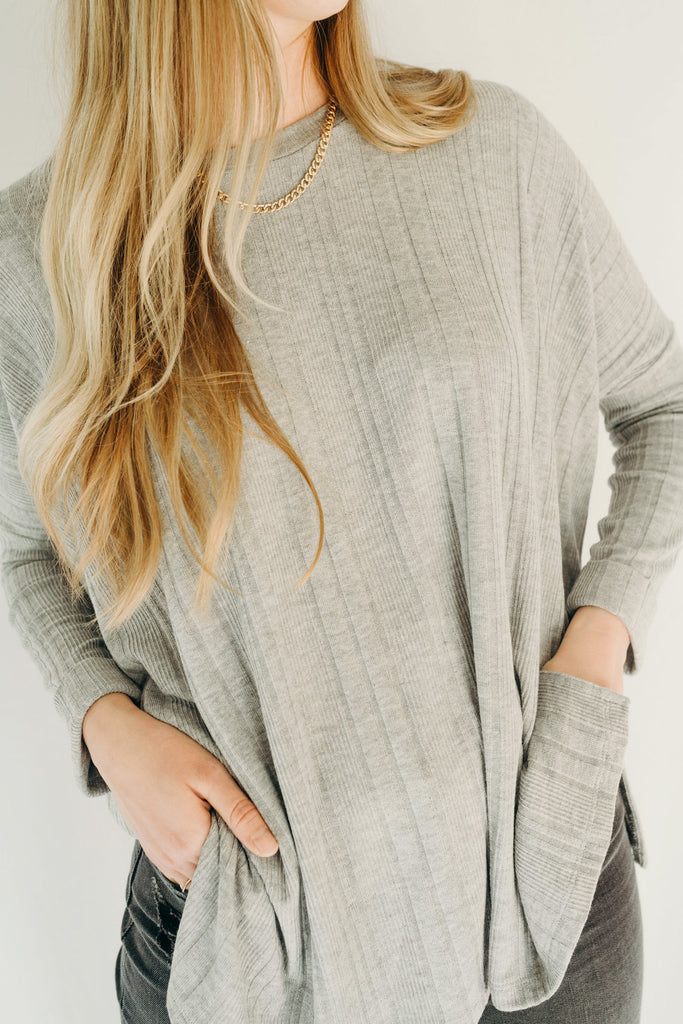 Evelyn Pullover Sweater, Grey