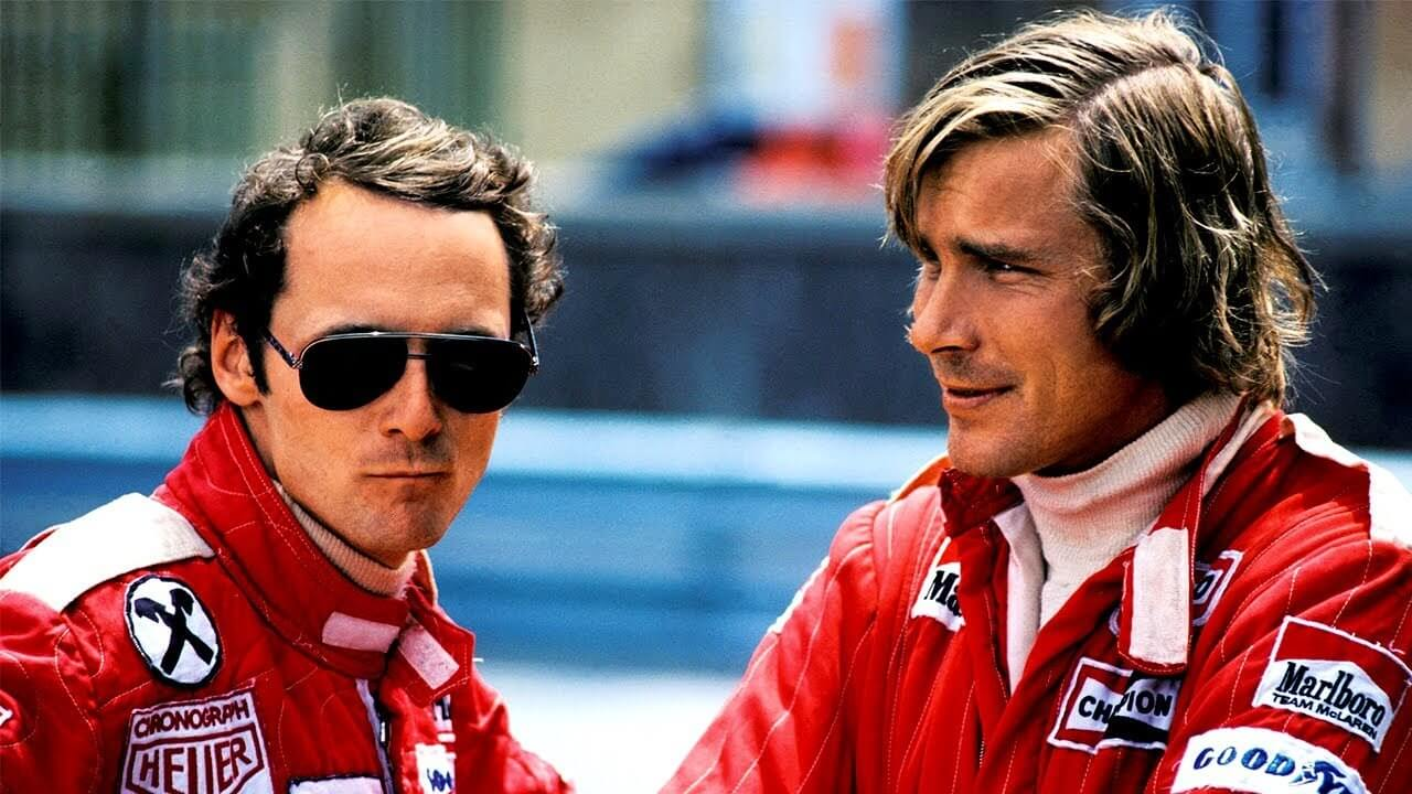 Niki Lauda and James Hunt in race suits