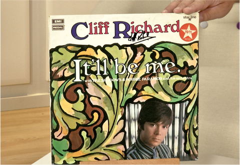 100192 - Sir Cliff Richard Personally Signed Original Vinyl LP Album