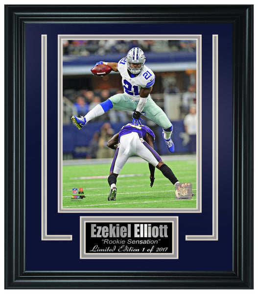 Dallas Cowboys - Ezekiel Elliott 8x10 Framed Photo FTSTP184